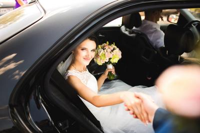 Chauffeur service in the UK and Ireland. Executive travel. Personal driver. S7 wedding car hire.